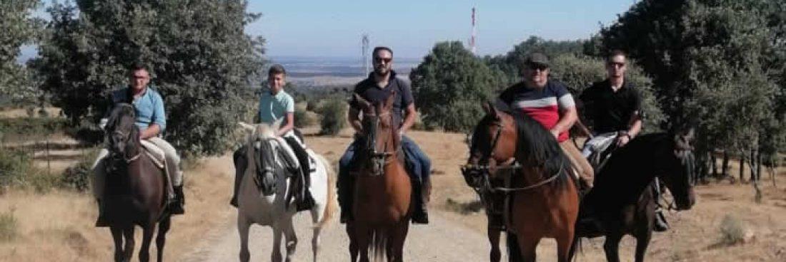 Subida a Pico Cervero a caballo